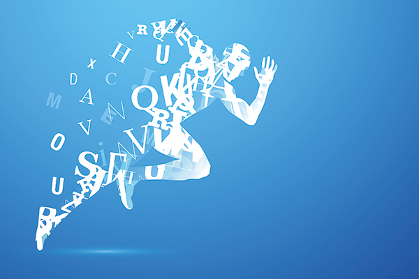 Eine laufende Figur auf blauem Grund. Die sich durch die schnelle Bewegung in Buchstaben auflöst.